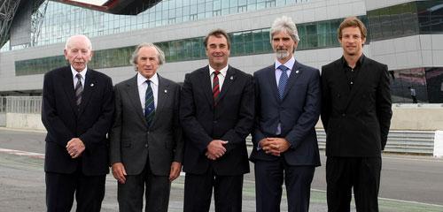 Nigel Mansell à l'inauguration du nouveau Silverstone Wing